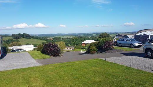 Llwynifan Farm / South Wales Touring Park