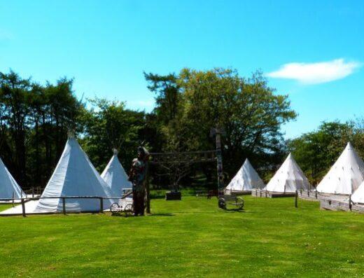 Pinewood  Park (Tipi Holidays)