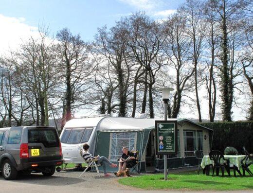 Poston Mill Park     (Bestparks - The Jones Family)