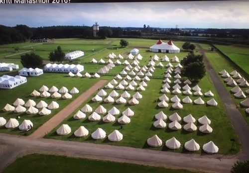 19a.300-bell-tents-festival